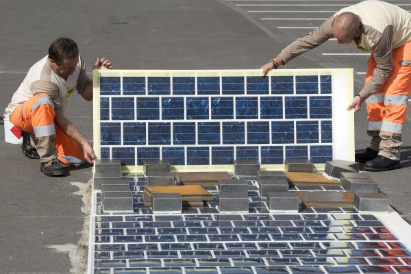 Solar-cell roads get green light