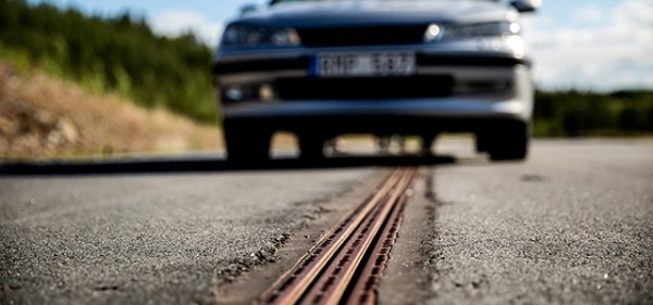 Electric roads now being tested in real traffic