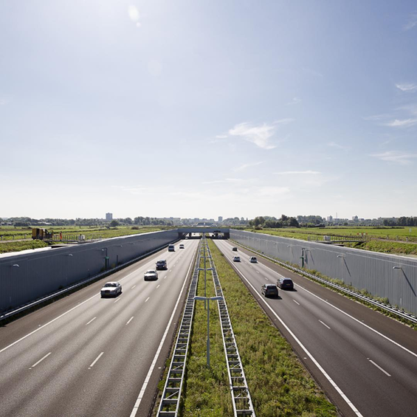 Netherlands to install solar highway noise barriers
