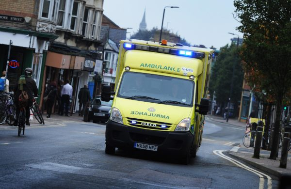 New smart tech to clear roads for ambulances - and UK's first trial could launch in Oxford this year