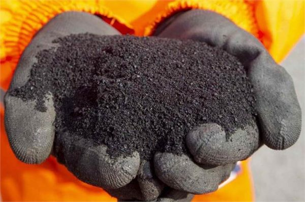 How recycled waste tyres can make rubberised road asphalt
